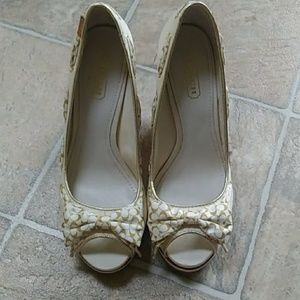 Coach Thalia Cream and Gold Wedge Shoes Size 7